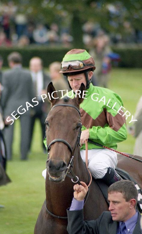 The Jockey Mick Kinane @ Newmarket on the 16th October 2004 in the colours of Mr John E Bodie